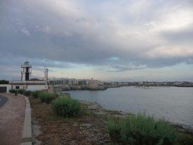 Acantilados frente al Faro de Sa Farola