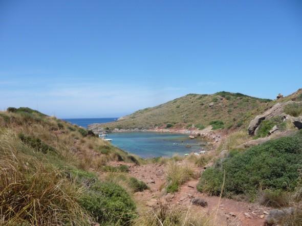 Camino hacia Cala Roja