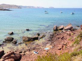Zona de Cavalleria donde la gente se da Baños de Barro o Arcilla
